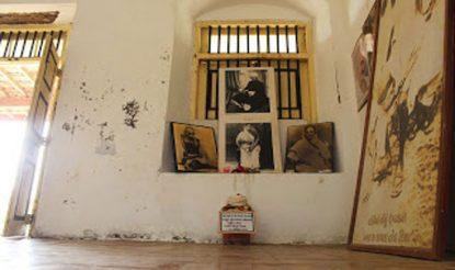 गांधी स्मारक में रखा है बिहार के चंपारण से लाया गया मिट्टी का कलश.
