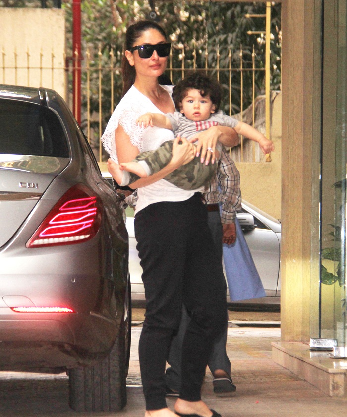 KAREENA KAPOOR WITH TAIMUR SPOTTED IN BANDRA ON 02 03 2018. PICS YOGEN SHAH. (8)