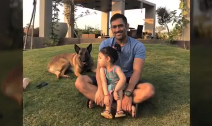 video of ms dhoni spending quality time with his wife