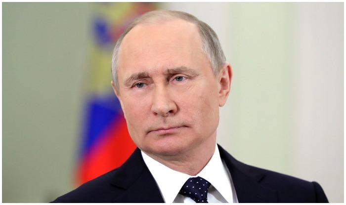 Russia President Vladimir Putin Calls PM Modi Over Phone, Expresses Solidarity in Fight Against Terrorism; Invites Him to Eastern Economic Forum