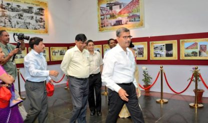 नई दिल्ली से दिल्ली तक चले आजाद रेल इंजन के दोबारा पटरी पर उतरने को लेकर रेलवे ने नई दिल्ली स्टेशन पर एक हेरिटेज प्रदर्शनी भी लगाई थी.