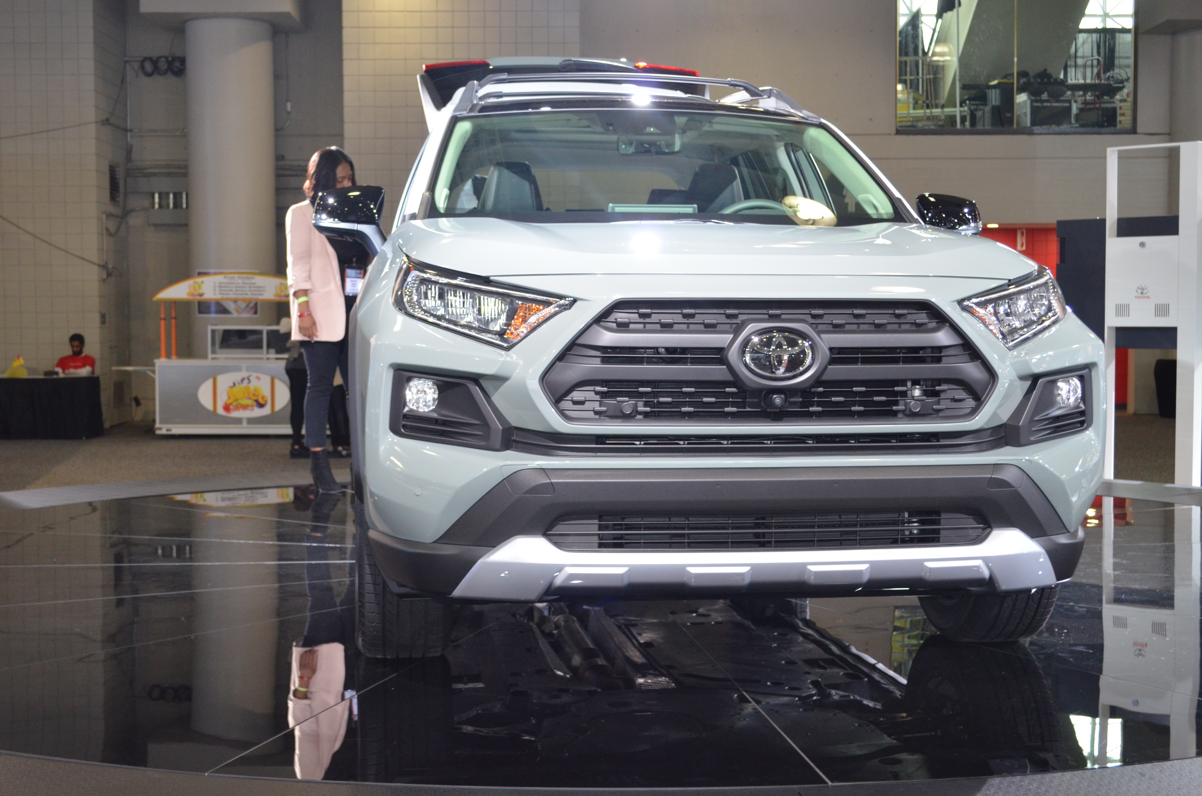 Toyota Unveils New Design Upgrades For 2019 Rav4 At The New York