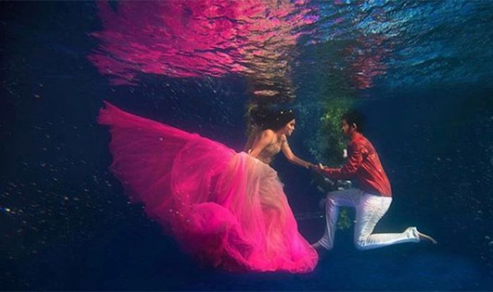 Underwater Wedding Photos is a New Trend to Follow in India | India.com
