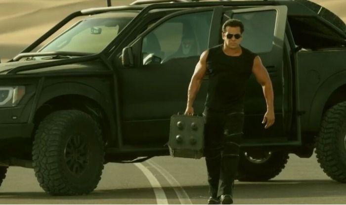 Race 3 Trailer Salman Khan (1)