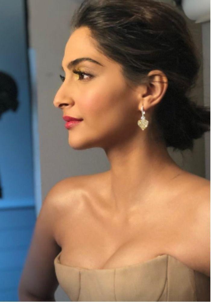 Sonam Kapoor (6)