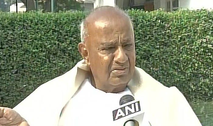 First Drama of 2019: BJP Mocks Teary-Eyed HD Deve Gowda Announcing His Grandson's Candidature