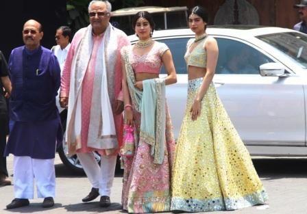 janhvi khushi at sonam kapoor wedding