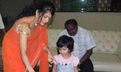 HD Kumaraswamy Wife Radhika Kumaraswamy Trending on google and social sites