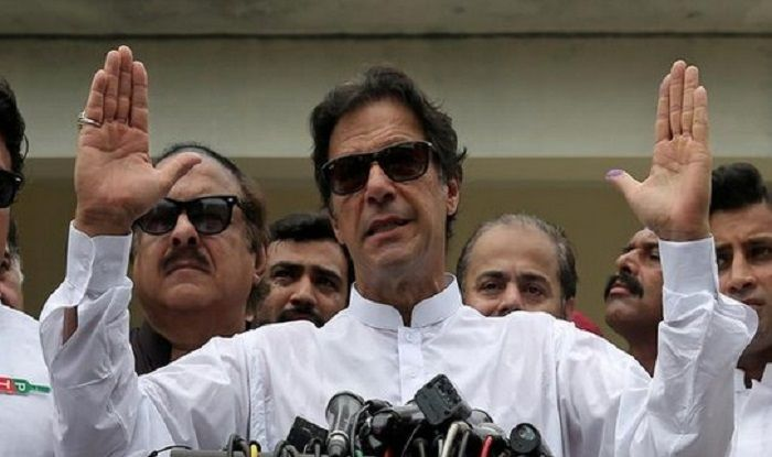 Opposition Shouts 'Shame Shame' at Imran Khan in Pakistan Parliament After India Bombs Jaish Hideouts