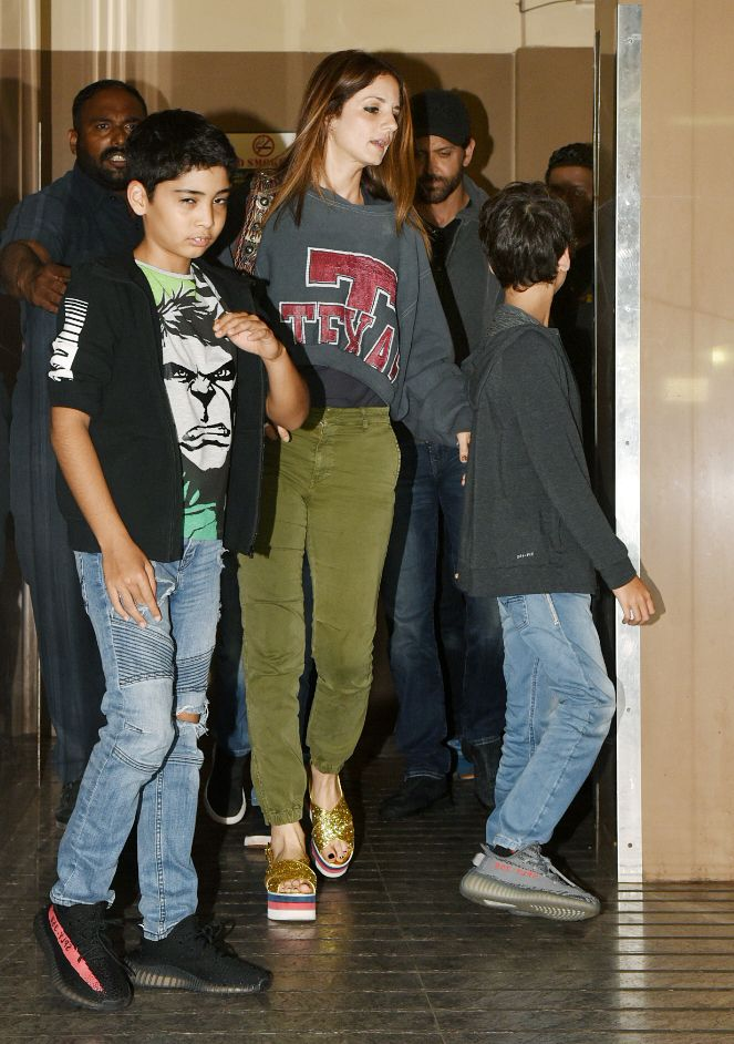 Hrithik Roshan Spotted With Sussanne Khan And Kids After