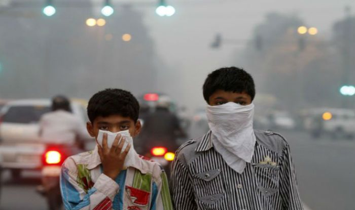 Delhi Records Second Highest Pollution Level This Year People Advised to Minimise Outdoor Activities as Air Quality Turns 'Severe&#039