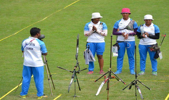 Deepika Kumari with her teammates in Women's Recurve Archery event quarterfinals_Twitter
