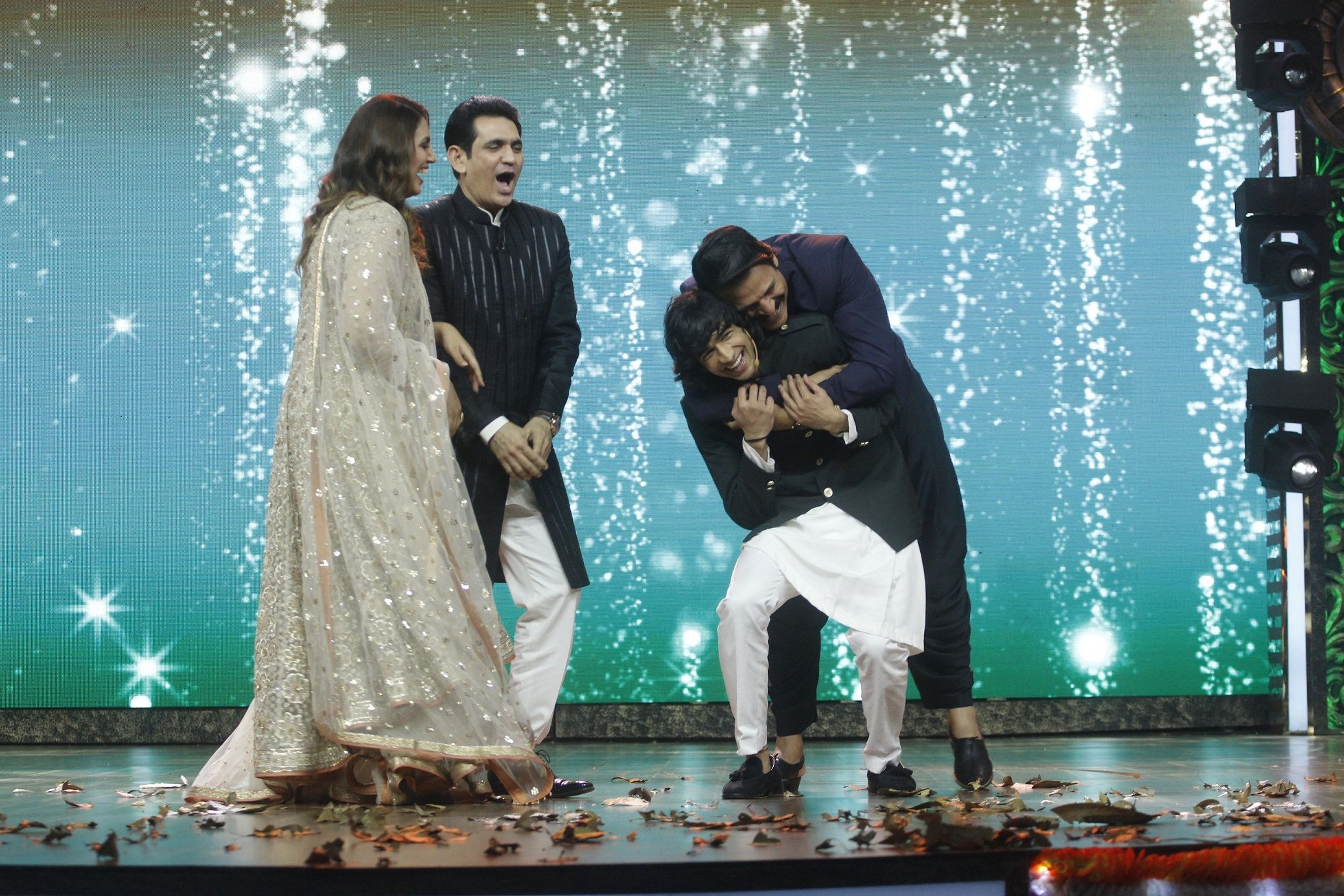 Huma Qureshi storms out of the sets of India's Best Dramebaaz when host Shantanu Maheshwari tries to flirt with her (5)