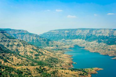 Best places to visit in India for summer vacation 2017