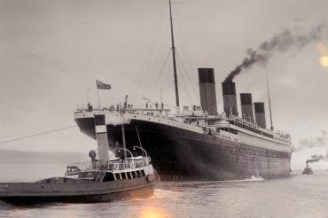 Titanic-shutterstock_467321948-2.jpg