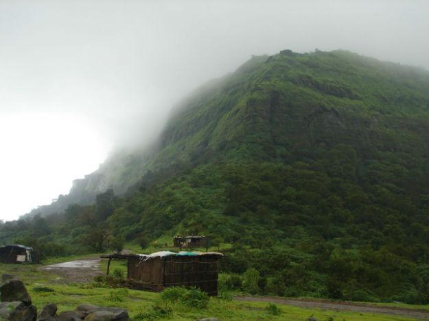 How To Reach Visapur Fort An Excellent Monsoon Trek Near