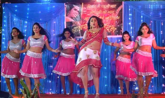 Bhojpuri Bombshell Amrapali Dubey's Throwback Song 'Aamrapali Tohare Khatir' Goes Viral Once Again, Clocks Over 15 Million Views on YouTube