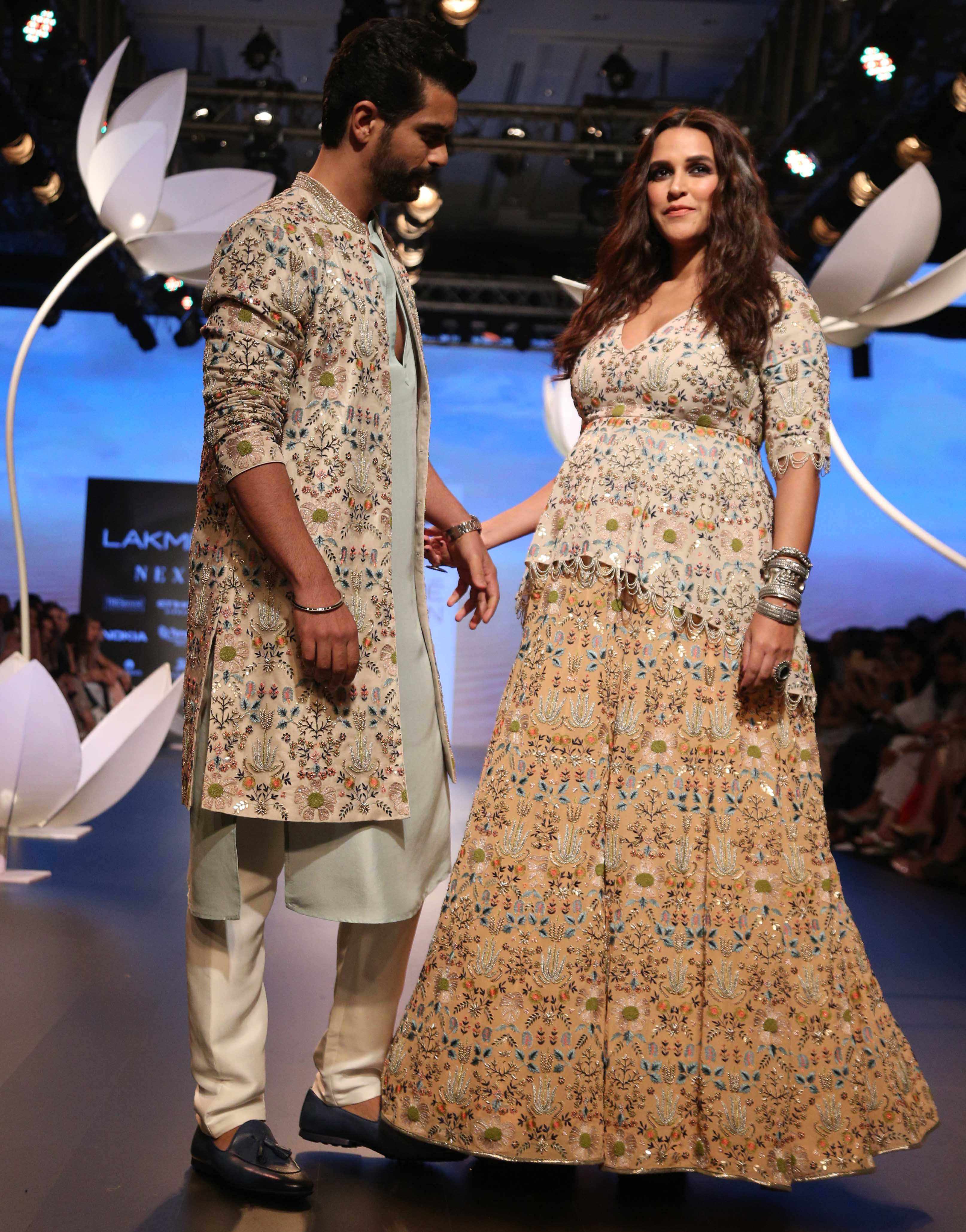 lfw 2018 DAY 4 SHOW 4 LAKME SALON AND PAYAL SINGHAL PRESENT THE SHOW STOPPING BRIDE (39)