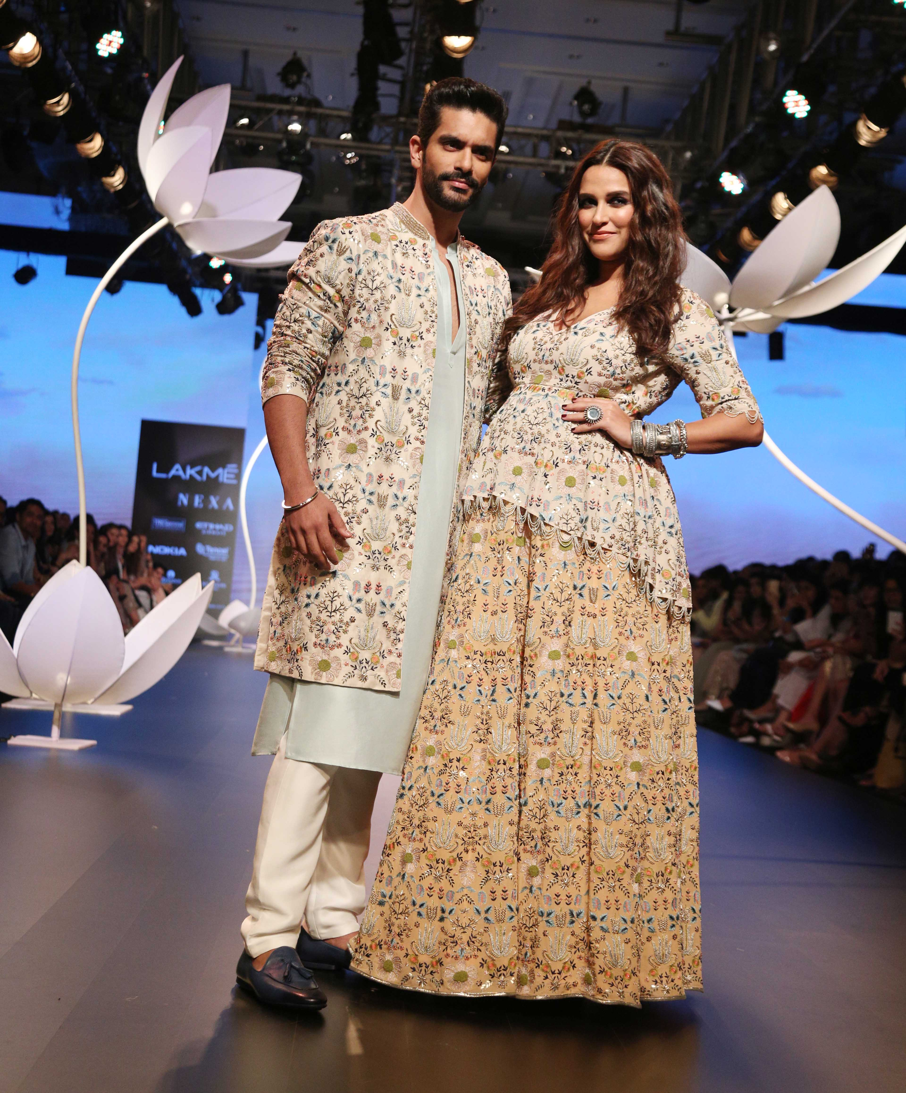 lfw 2018 DAY 4 SHOW 4 LAKME SALON AND PAYAL SINGHAL PRESENT THE SHOW STOPPING BRIDE (50)