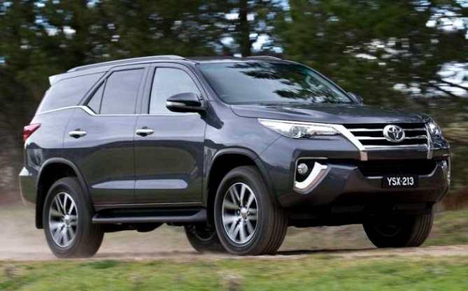 2016 Toyota Fortuner Vs Old Fortuner Comparison Report News Cars