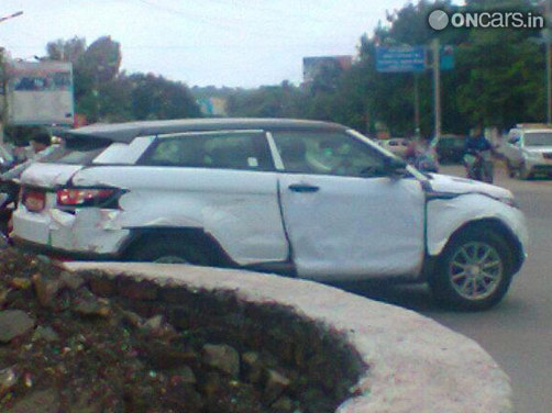 Land Rover Evoque Spotted In India News Cars News India Com