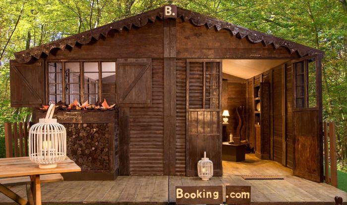 Photo Courtesy: Booking.com