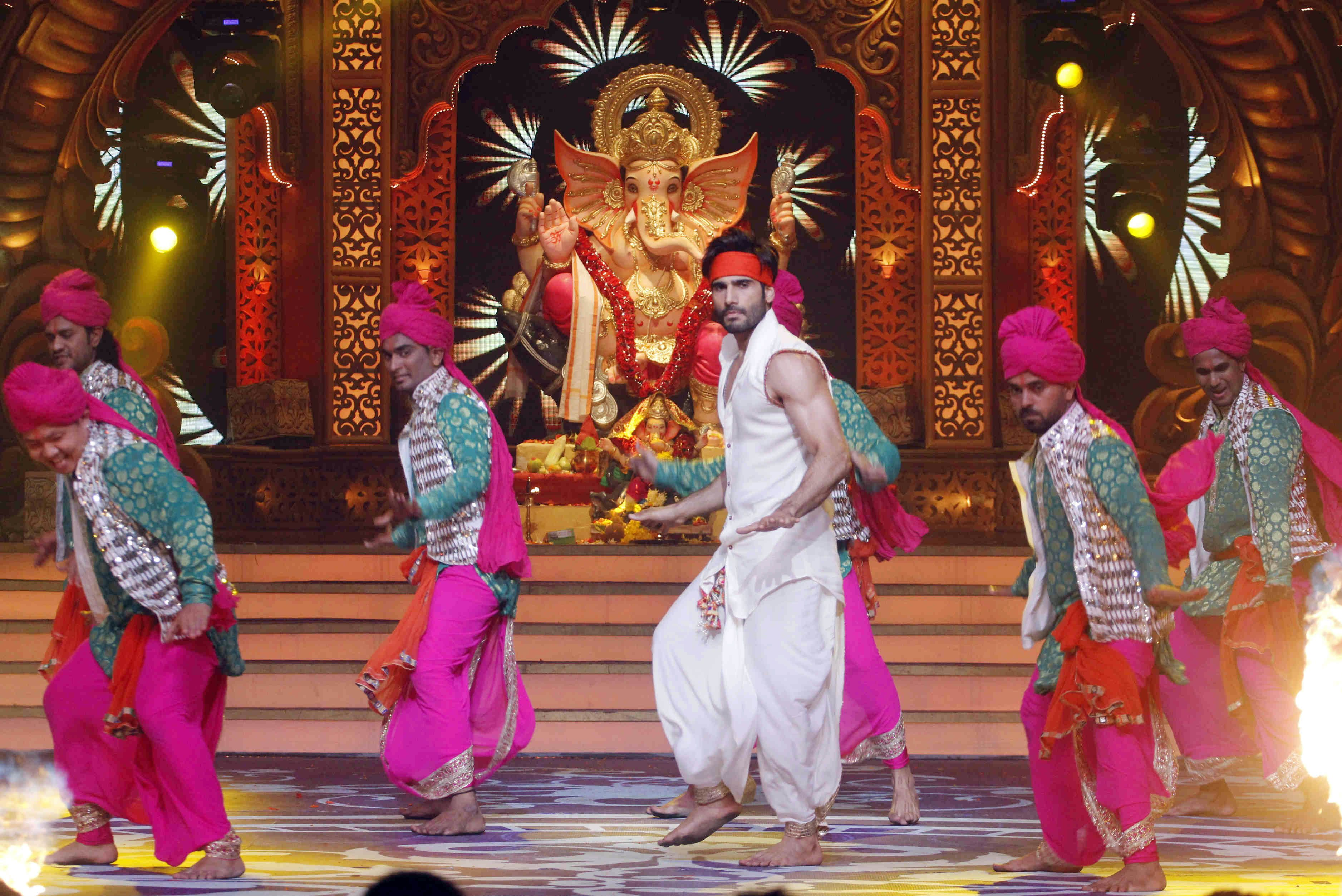 Karan Tacker at Kundali Bhagya's special Ganpati Mahaepisode (1)