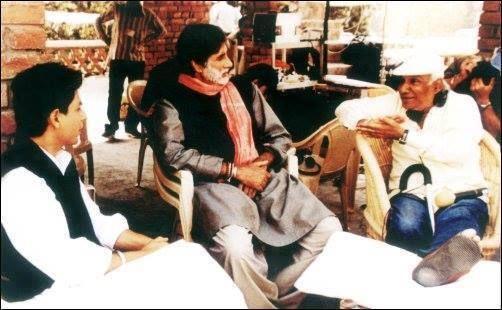 SRK, Amitabh Bachchan and Yash Chopra on the sets of Veer Zara
