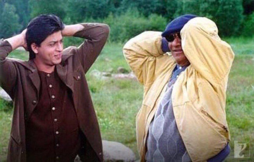 This duo of Yash Chopra Ji & Shah Rukh Khan created unforgettable magic whenever they came together. This pic is from Dil Toh Pagal Hai sets