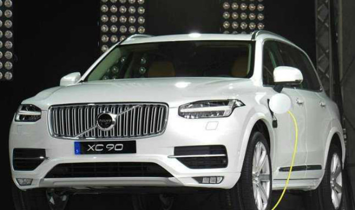 Volvo Cars Open New Dealership In Pune News Cars News India Com