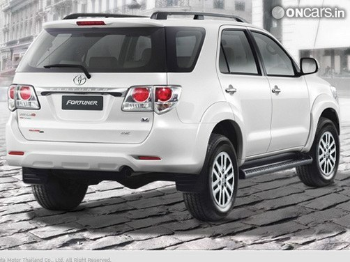 2016 toyota fortuner features and variants: new details revealed