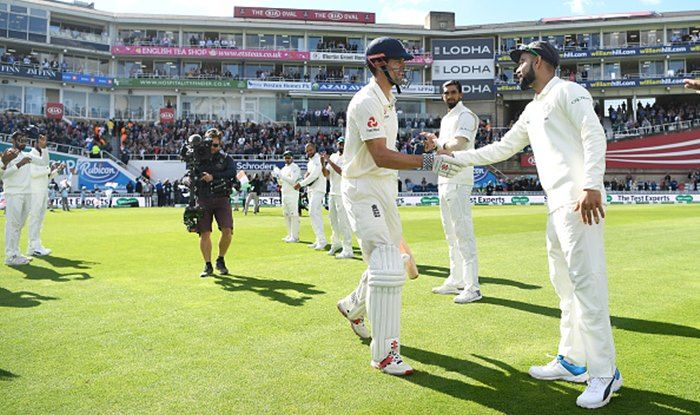 India vs England 5th Test: Alastair Cook Gets Guard of Honour From Virat Kohli & Co., Oval Applauds