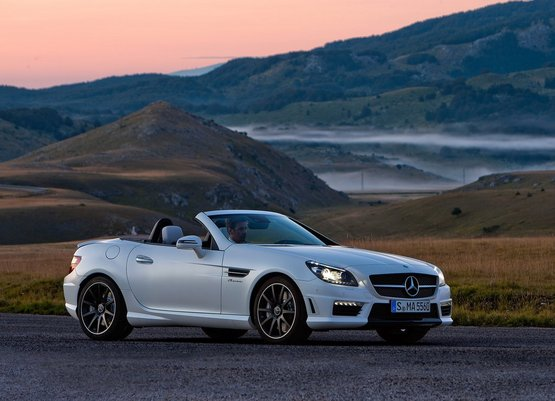 Mercedes Benz Slk 55 Amg To Launch In India On December 2 2017
