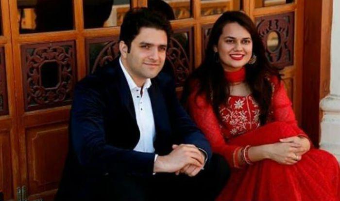 IAS couple Tina Dabi and Aamir-ul-Shafi