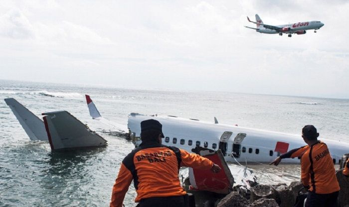 Indonesia: Passenger Plane Flight JT610 Carrying 188 People Crashes 13  Minutes After Take-off   India.com