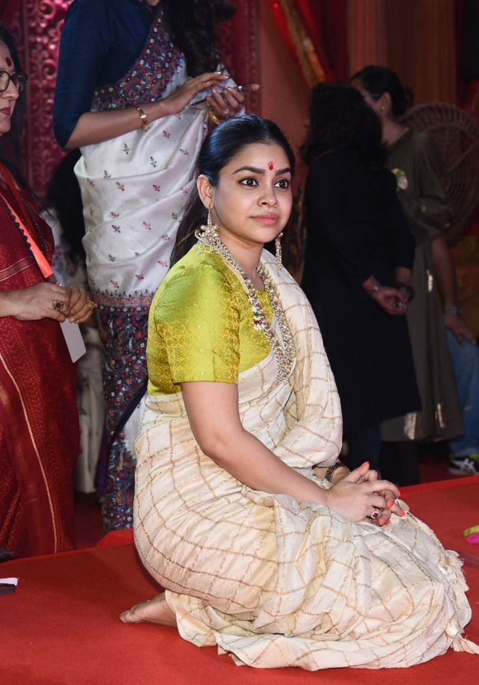 Sumona Chakravarti, Picture Courtesy- Yogen Shah