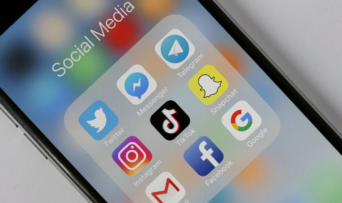 Usage of Social Media Platforms Can Lead to Social Jet Lag, Reveals Study