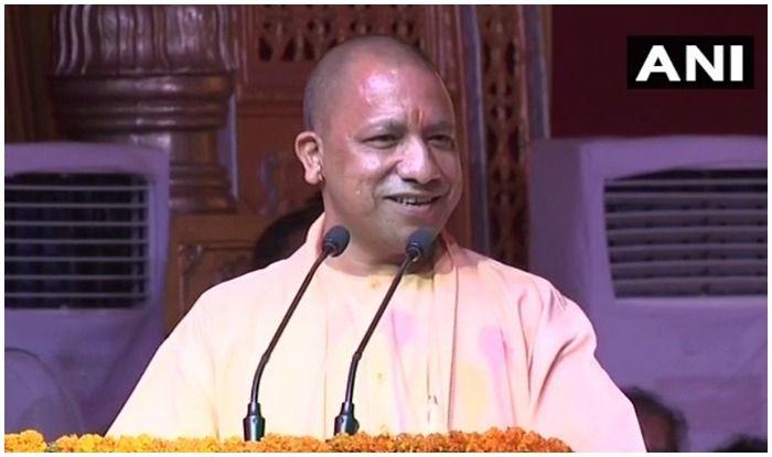 Poor Rahul Sat Like Offering Namaz in Temple, Priyanka Drank From Ganga: Adityanath Mocks Congress' Brother-Sister Duo