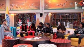 Bigg Boss 12 December 24 Episode Written Update: Sreesanth, Deepak, Surbhi Are Given Secret Task; Urvashi Rautela Enters The House With Christmas Gifts