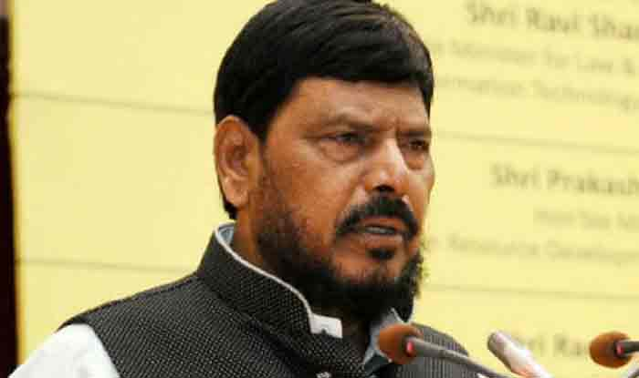 Lok Sabha Elections 2019: Upset Over RPI Being Elbowed Out of BJP-Shiv Sena Alliance, Ramdas Athawale Hits at Moving Out of NDA