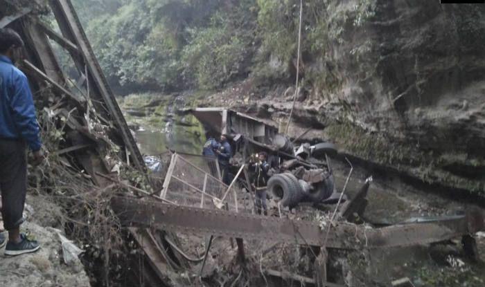 two-dead-bridge-collapses-in-garhi-cantt-area-of-dehradun/