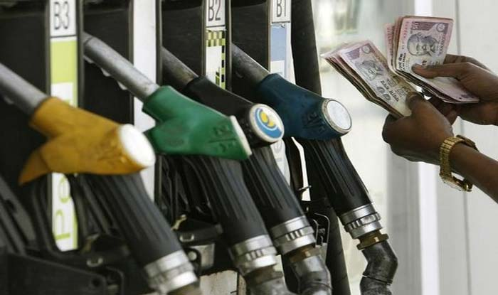 Fuel Prices Continue to Rise; Petrol at Rs 70.41 Per Litre in Delhi, at Rs 76.05 Per Litre in Mumbai