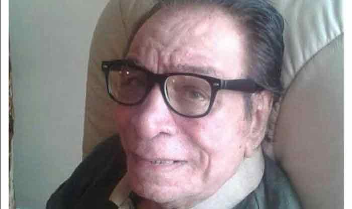 कादर खान की यादः कॉलेज के लेक्चरर को एक्टिंग करते देख रीझ गए दिलीप कुमार, फिल्मों में ले आए