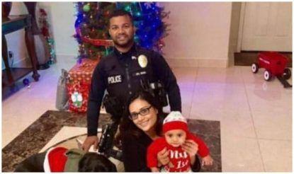 रोनिल सिंह अपनी पत्नी अनामिका व 5 माह के बेटे के साथ हत्या से कुछ घंटे पहले (फाइल फोटो )