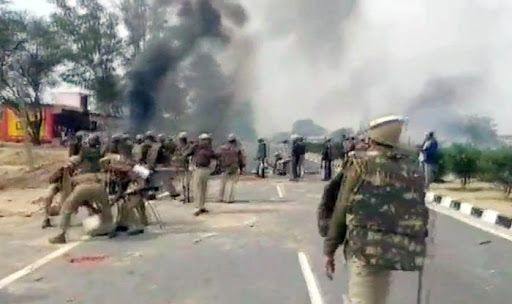 Gujjar Quota Agitation in Rajasthan Escalates, Protesters Clash With Police in Sikar; 44 Trains Cancelled Till Friday