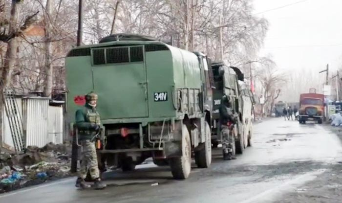 Jammu and Kashmir: 2 Militants Gunned Down, 5 Security Personnel Martyred, Civilian Killed as Handwara Encounter Enters Third Day