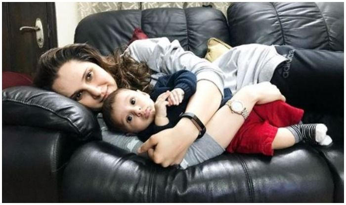 Indian Tennis Ace Sania Mirza Beams at Son Izaan Mirza Malik For THIS Reason, Picture Bowls Over Internet in Frenzy   SEE