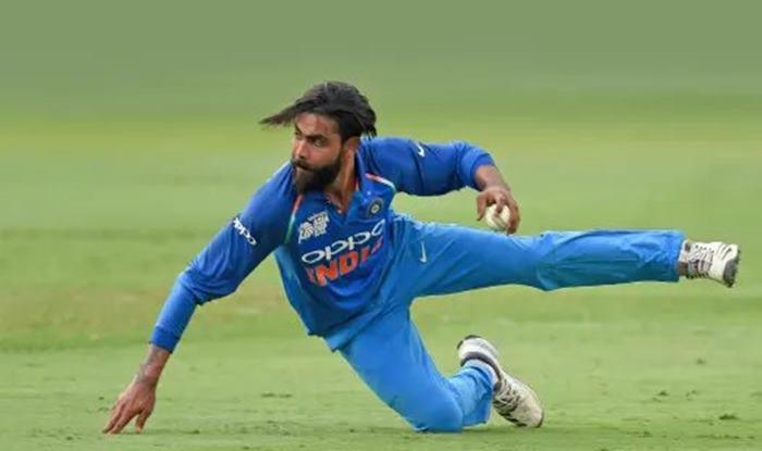 India vs Australia: Ravindra Jadeja's One Arm Direct Hit Ends Peter Handscomb's Fine Knock in 2nd ODI at Nagpur, Twitter Applauds All-Rounder's Incredible Effort   WATCH VIDEO