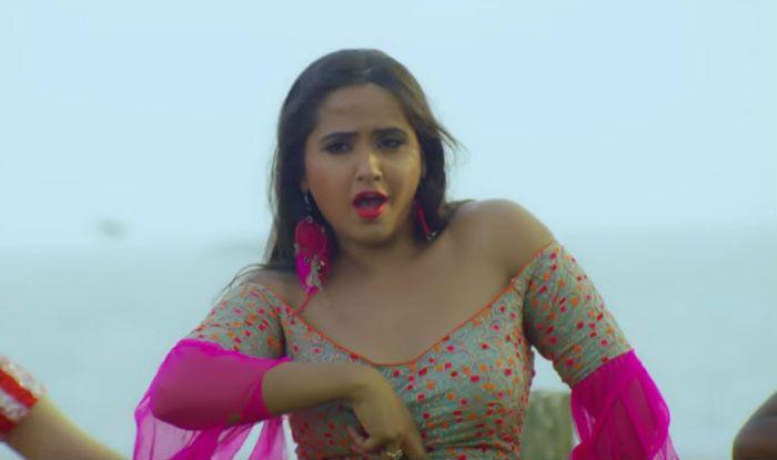 Bhojpuri Hot Couple Khesari Lal Yadav And Kajal Raghwani's Sensuous Dance in 'Daal De Kewadi Mein Killi' Song Crosses Over 24 Million Views- Watch