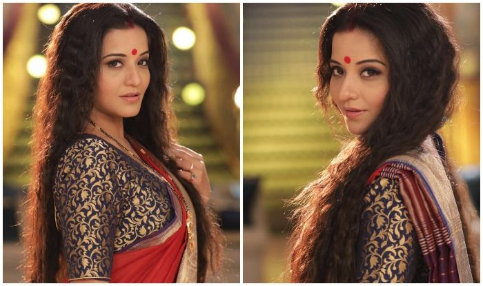 Bhojpuri Bombshell Monalisa Slays The Bengali Look While Wishing 'Happy Women's Day,' Fans Can't Take Their Eyes Off